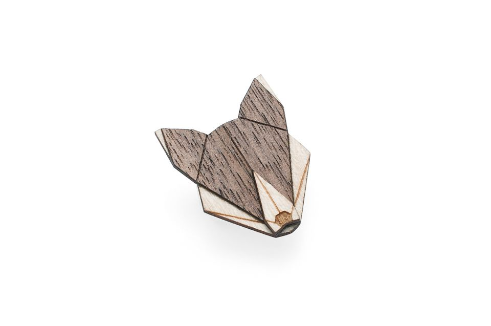 product_wooden_brooch_wolf_brooch