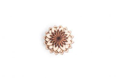 BeWooden - Dřevěná ozdoba do saka Cubo Flower pro muže