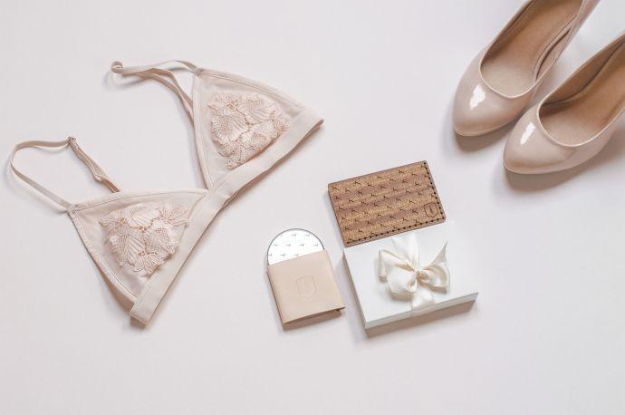Doplňky pro ženy dámský vizitkovník Rubi Note zrcátko Rubi a tělové dámské lodičky