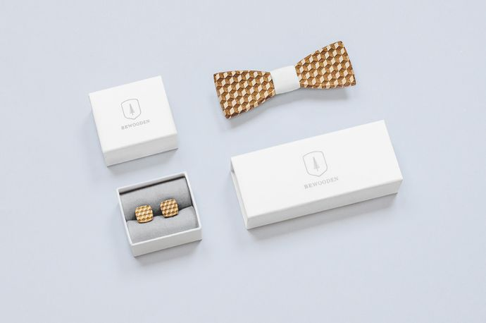Set manžetových knoflíčků a dřevěného motýlku Cubo