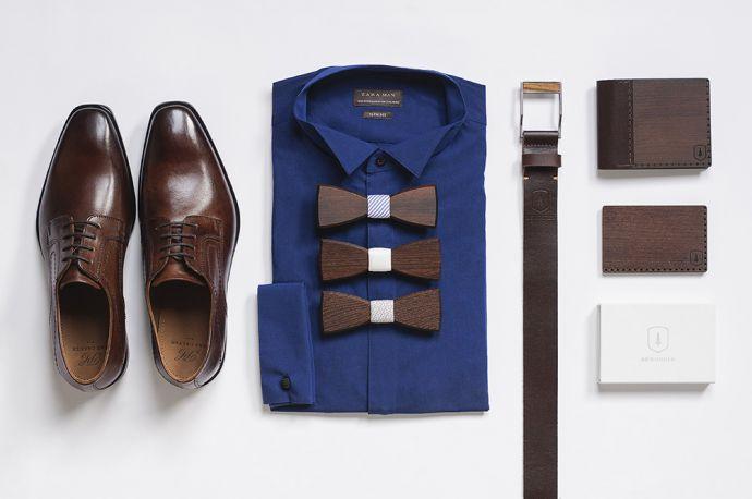 Kombinace produktů BeWooden dřevěné pánské motýlky Nuptis Scalaa Virilem dřevěná peněženka s vizitkovníkem a kožený opasek