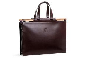 Elegantní business kožená taška s dřevěným detailem  1fe820c41e