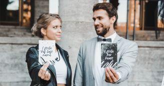 Rebelská svatba v černobílém