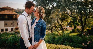 BeWooden - Žaneta a Josef – moravská svatba s nádechem vína