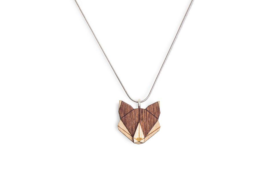 Elegantní přívěsek s beskydskou liškou BeWooden Fox Pendant