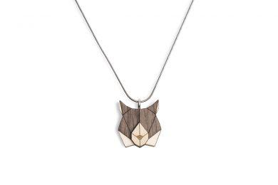 Dřevěný přívěsek BeWooden Lynx Pendant na krk s řetízkem zdarma