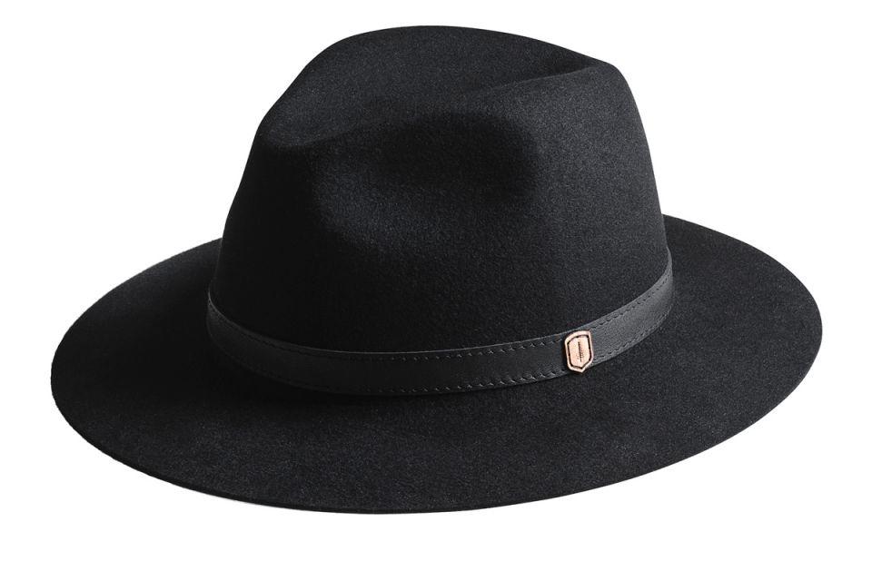 Exkluzivní klobouk z králičí srsti ze spolupráce BeWooden a Tonak