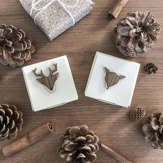dřevěné brože Doe a Deer Brooch