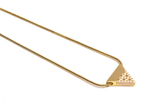 Virie Necklace Triangle