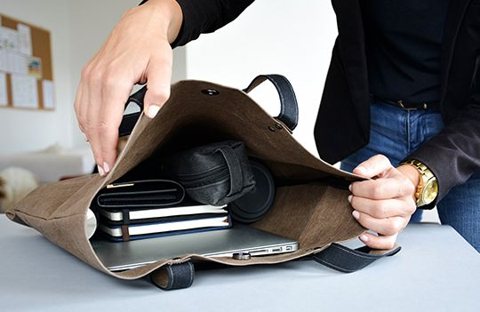 Praktičnost nadevše, to je dámská taška